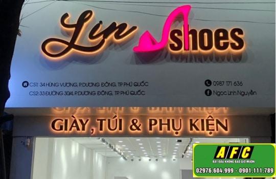 Thi Cong Bang Hieu Lin Shoes Phu Quoc